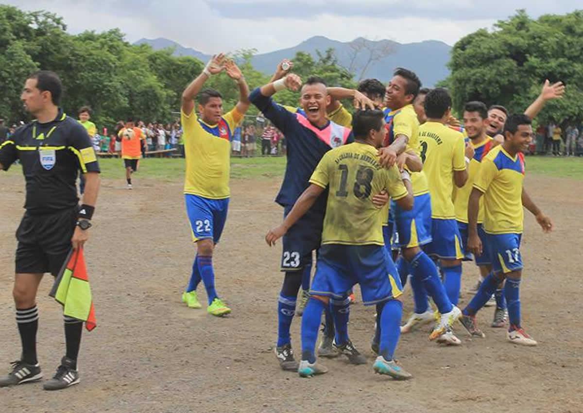 Nandasmo FC campeón absoluto de 2da División y sube a la máxima categoría