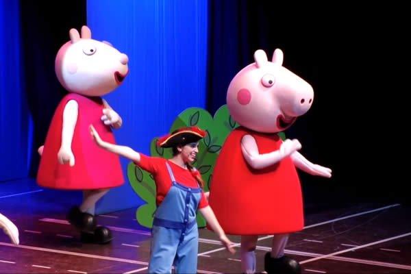 Niños disfrutaron del Show de Peppa Pig en el Teatro Nacional Rubén Darío