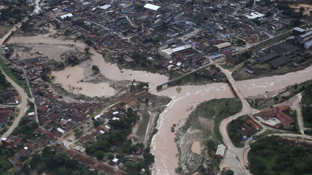 Ya son 80 mil los damnificados por tormentas en Brasil
