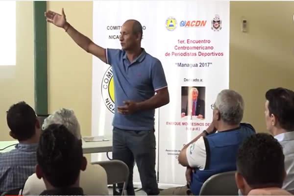 El Profe Duarte expone crecimiento de la selección a periodistas C.A
