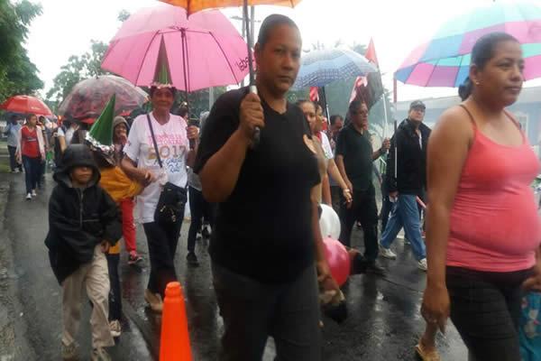 Caminata conmemora la gesta revolucionaria de héroes y mártires de Batahola Sur