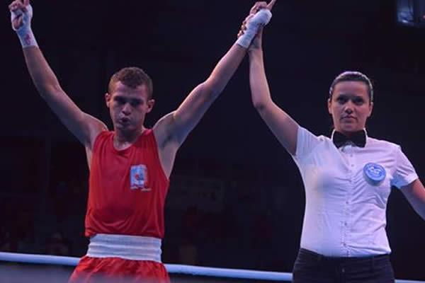 Angel Jarquin Logra su calificación en el Campeonato Continental de Boxeo