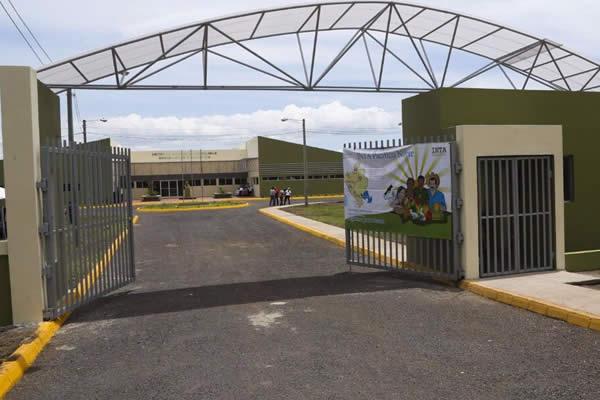 Presentan instalaciones del Centro de Desarrollo Tecnológico en ... - VIva Nicaragua Canal 13