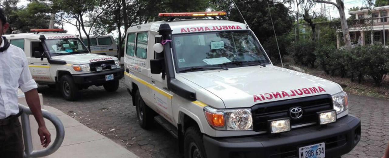 Entregan 4 ambulancias equipadas en SILAIS Chontales