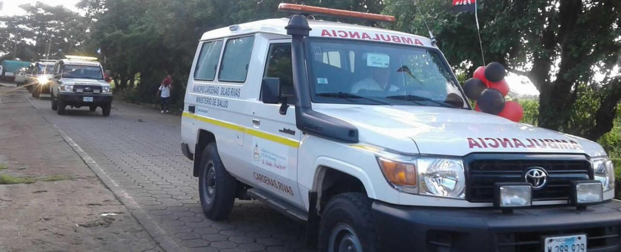 Familias de Boaco reciben dos ambulancias de emergencias