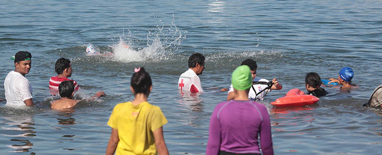 Familias capitalinas visitan Laguna de Xiloá en este fin de semana largo