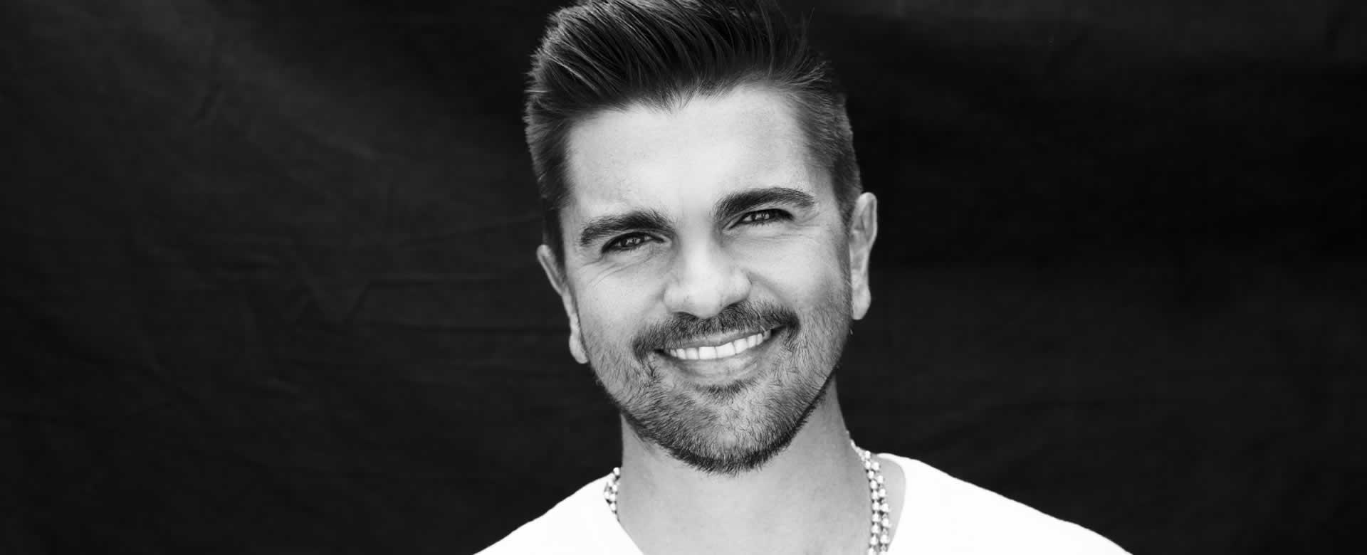 """Juanes pone su toque a """"Más que tu amigo"""", de Marco Antonio Solís"""