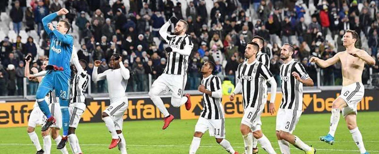 Juventus conquista Turín en el fútbol italiano ante sus similares