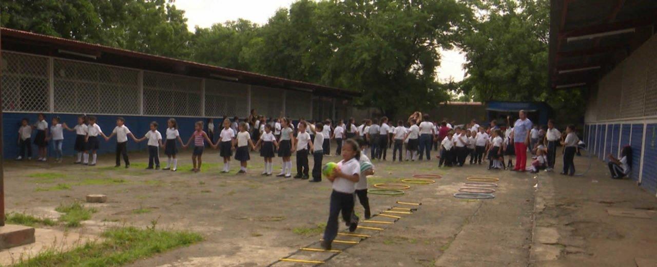 Comunidad educativa del Wisconsin en Managua apuesta por mentes sanas