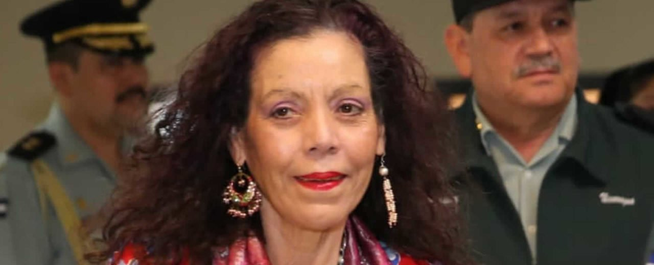 """Rosario: """"La paz es el fruto de la justicia"""""""