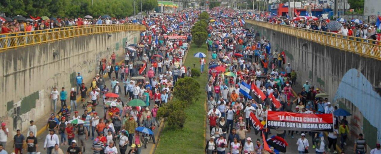 Familias de Managua se unen en una sola voz y clamor por la Paz del país