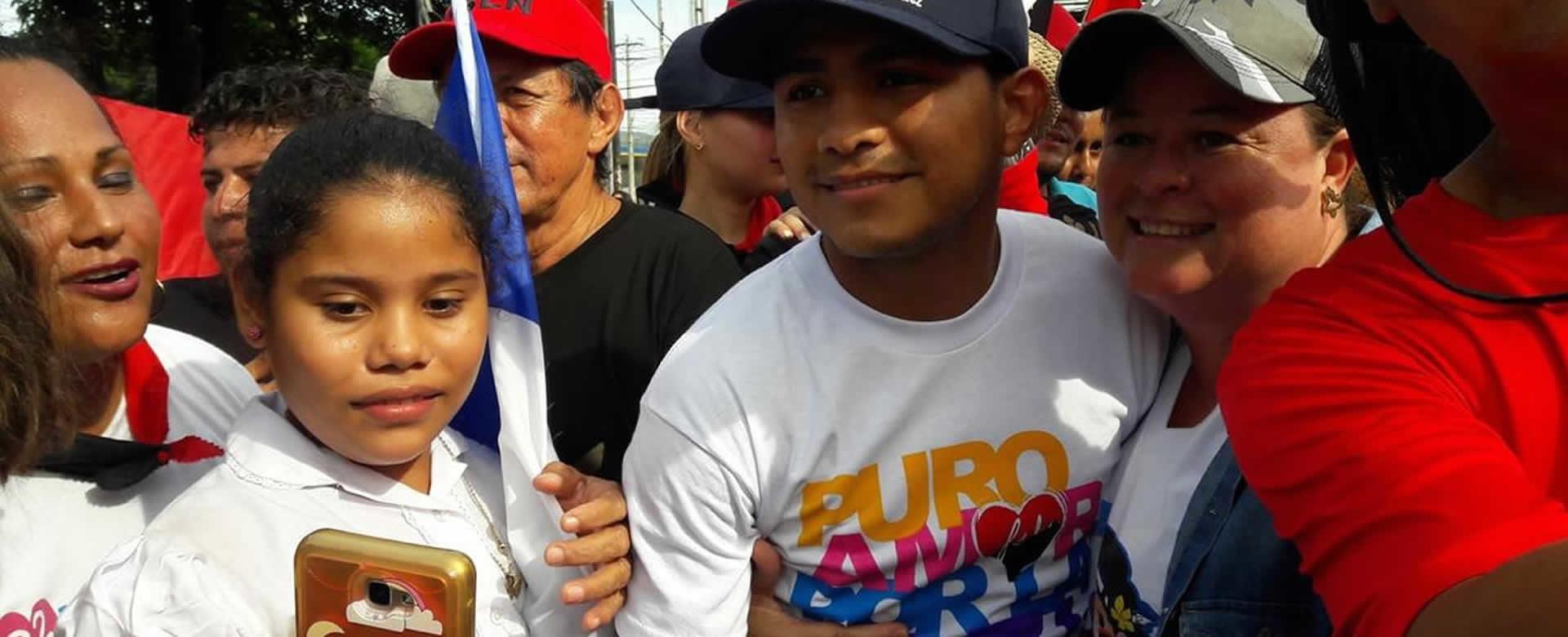 """Román el """"Chocolatito González"""" se une a la caminata para pedir por la Paz"""