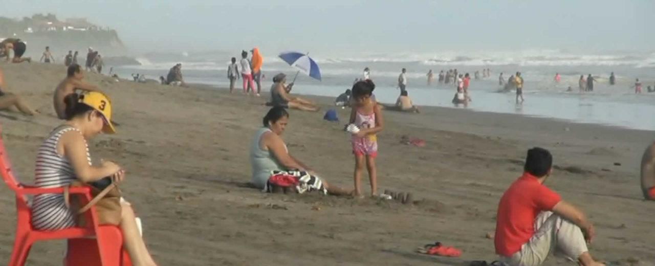Fin de semana largo deja afluencia de turistas en Pochomil