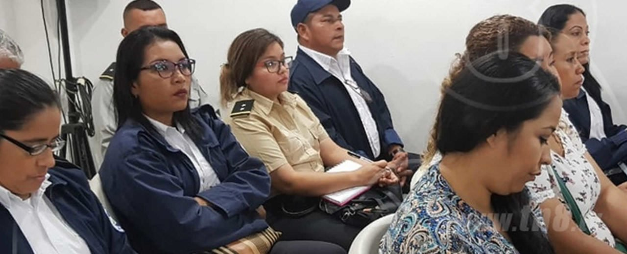 Servidores públicos son capacitados en temas migratorios
