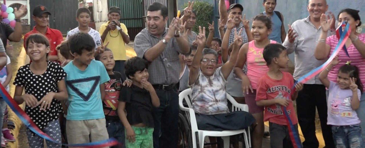 Familias del B° La Cruz celebran proyecto de mejoramiento pluvial