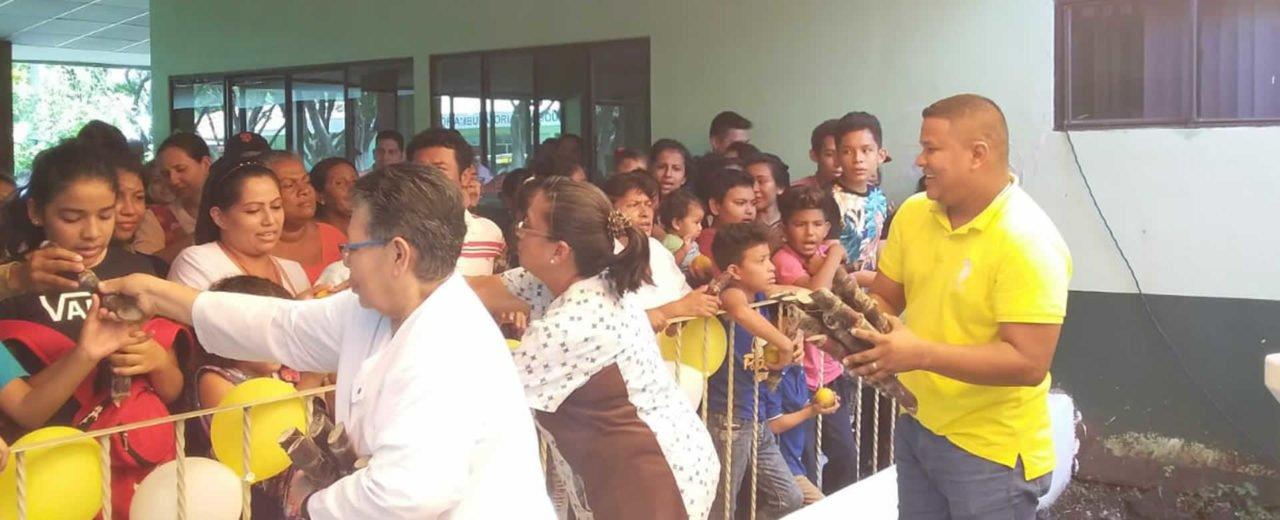 Personal y pacientes del Hospital Lenin Fonseca celebran la purísima