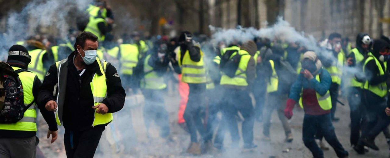 París, por tercer fin de semana consecutivo en protesta, debido al incremento en precios del combustible