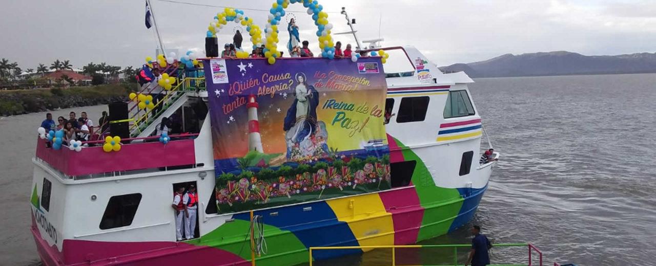 Capitalinos participaron en la décima edición de la Purísima Acuática en el Lago Xolotlán