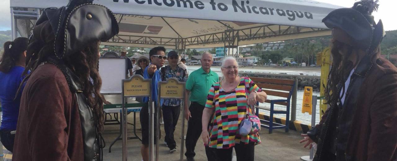 Crucero Island Princess visita la tierra de lagos y volcanes