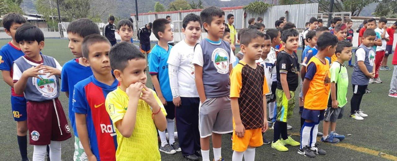 Se desarrolla el X Torneo Nacional de Academias de Talentos de FENIFUT