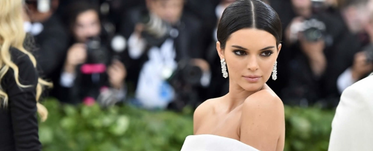 Kendall Jenner, Bella Hadid y Emily Ratajkwski serán citadas a declarar por el fraude del Festival Fyre