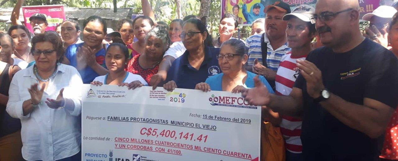 Gobierno entrega fondo millonario a familias del Viejo, Chinandega