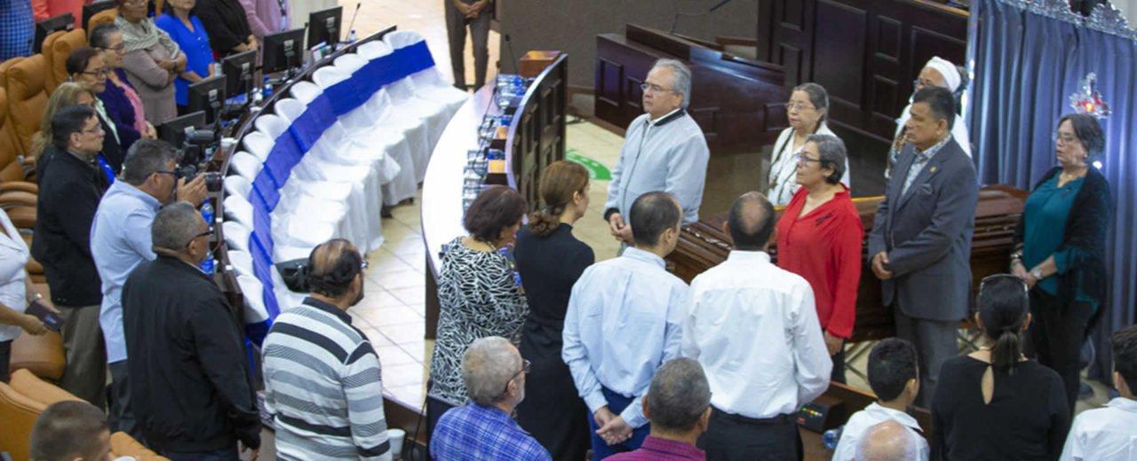 Asamblea Nacional realiza homenaje póstumo al Compañero Hebert del Carmen Herrera Solís