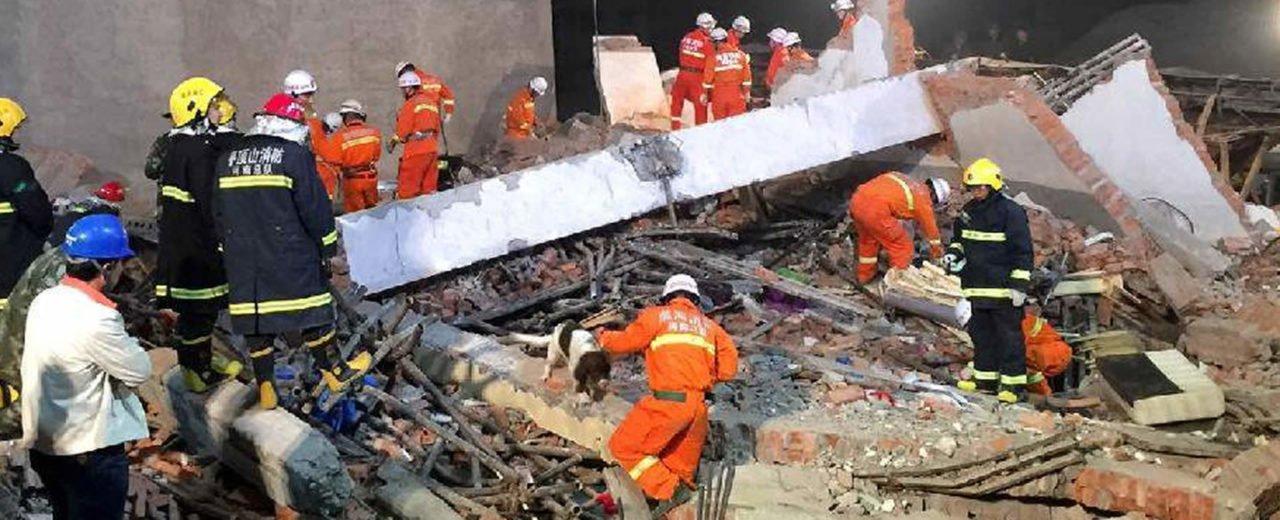 14 heridos tras un derrumbe de un edificio en China