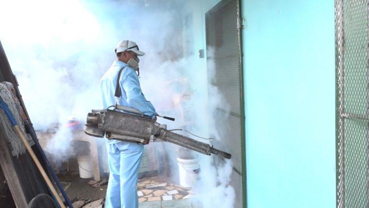 Familias del barrio Domitila Lugo activadas con la eliminación de zancudos