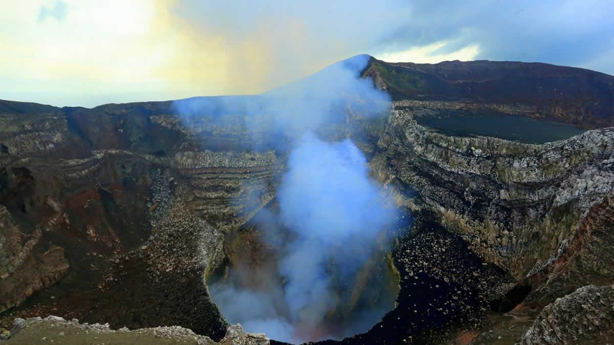 Volcán Masaya, sitio preferido de los turistas en Nicaragua