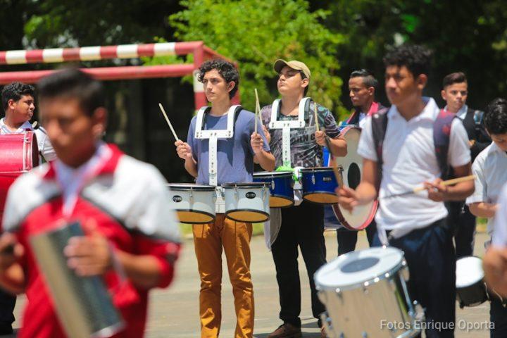 Estudiantes del Instituto Maestro Gabriel preparan fiestas patrias