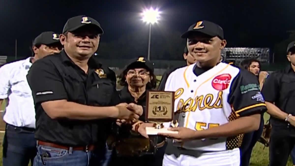 Inauguran la XV edición de la Liga de Béisbol Profesional Nacional