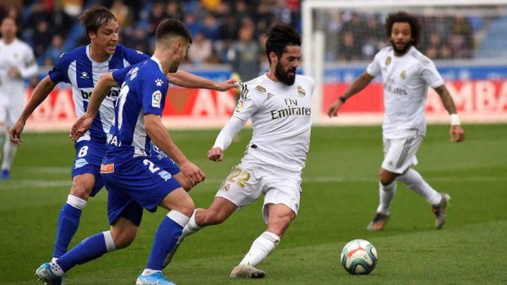 Real Madrid gana al Alavés y va tras la copa de La Liga