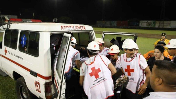 Los Leones le ganan por paliza a Los Tigres