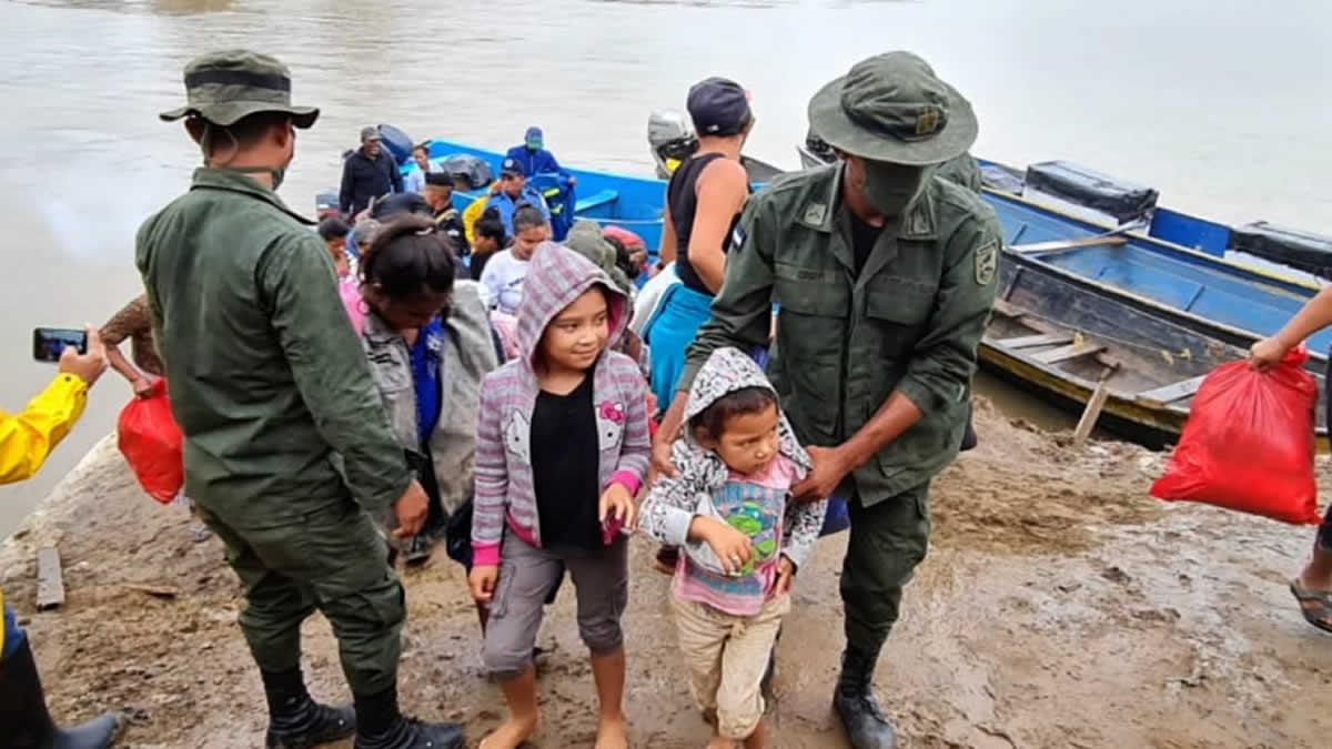 Gobierno evacúa a familias de zonas cercanas al Río Prinzapolka