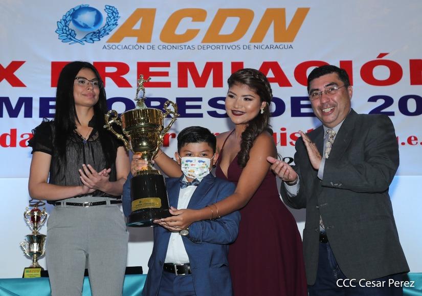 """ACDN dedica Premiación de los Mejores de 2020 en memoria del """"Chele"""" Araquistain"""